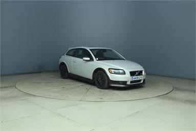 VOLVO C30 2.0D R DESIGN SE Sport 3dr Powershift Diesel - WHITE - AK09GYX - 3 Door Hatchback